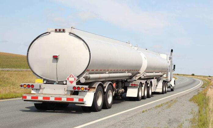 Fuel Tank Trailer Guide - Diesel, Petrol, Oil Tanker