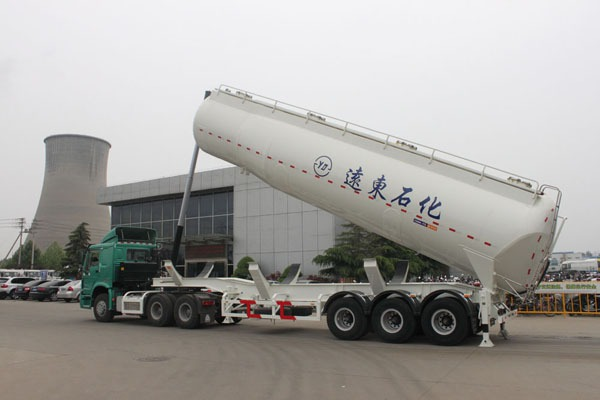 lifting powder tank trailer