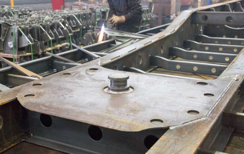 welding kingpin