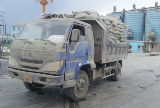 Bagged cement transportation